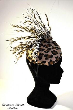 beret-leopard-plume