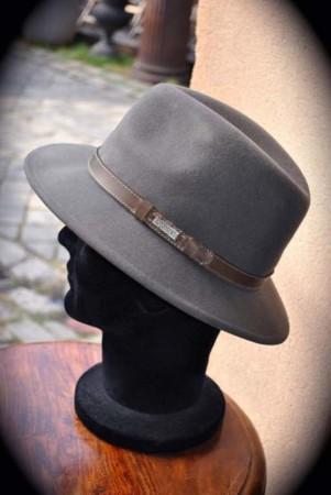 chapeau-homme-gris