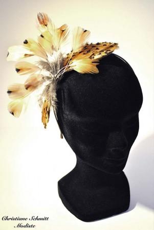 chapeau-plumes